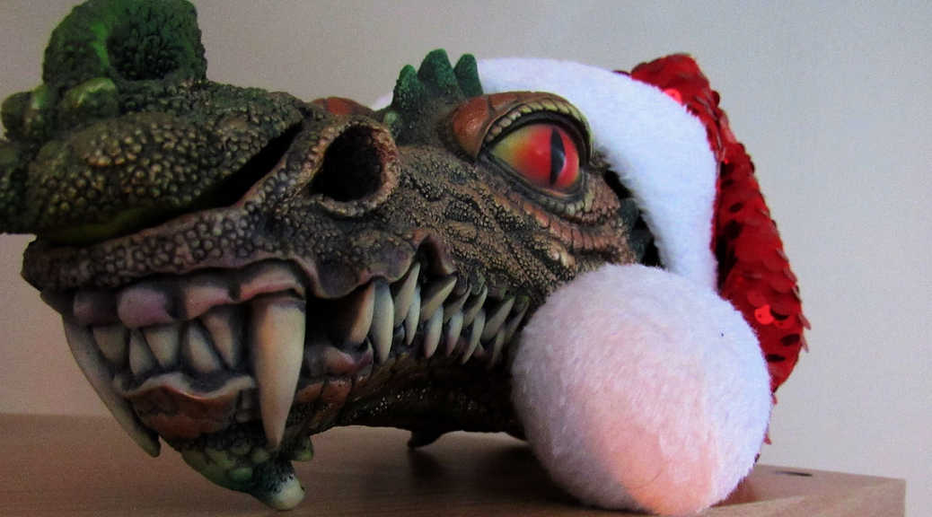Even dragons like Christmas